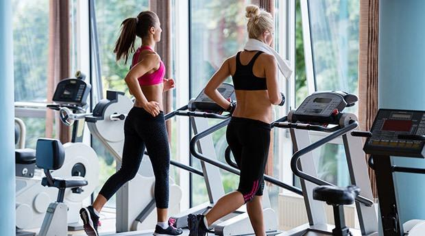 bigstock-Beautiful-group-of-young-women-85036424